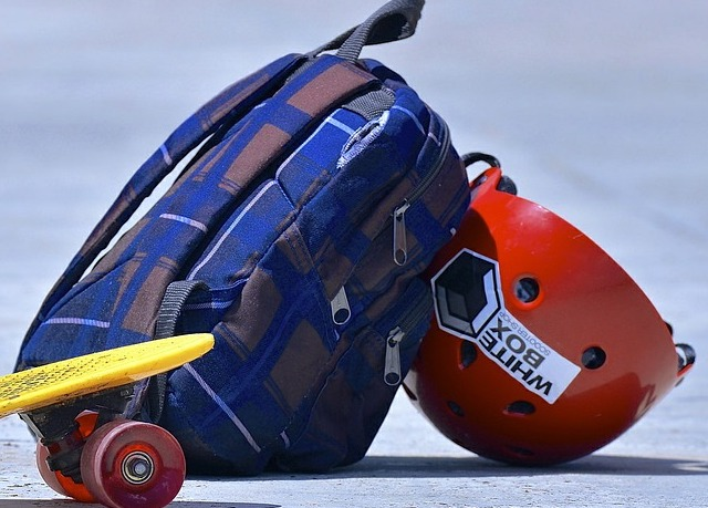 Backpack and skateboard helmet.
